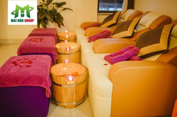 Tư vấn về các sản phẩm cần hỗ trợ cho dịch vụ foot massage tại Spa