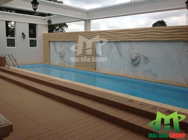 Hồ bơi  với đầy thiết kế cân nhắc kỹ về độ sâu để an toàn với tất cả các thành viên trong gia đình