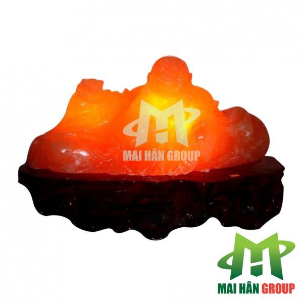 Đèn đá muối hình Phật Di Lặc là kết tinh của tạo hóa và bàn tay tài nghệ của con người!