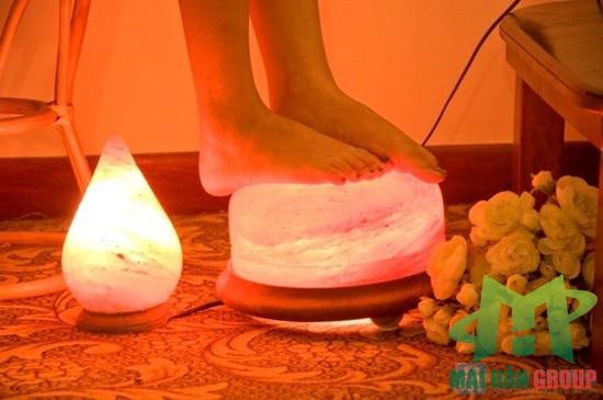 Cối massage chân đá muối hỗ trợ điều trị các bệnh xương khớp ở chân hiệu quả
