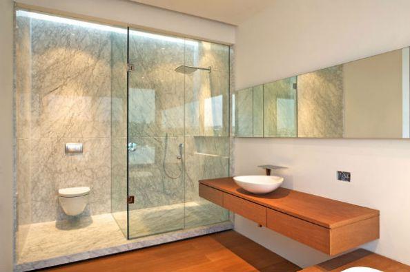 Tăng tuổi thọ phòng tắm bằng kính với những điều lưu ý cơ bản