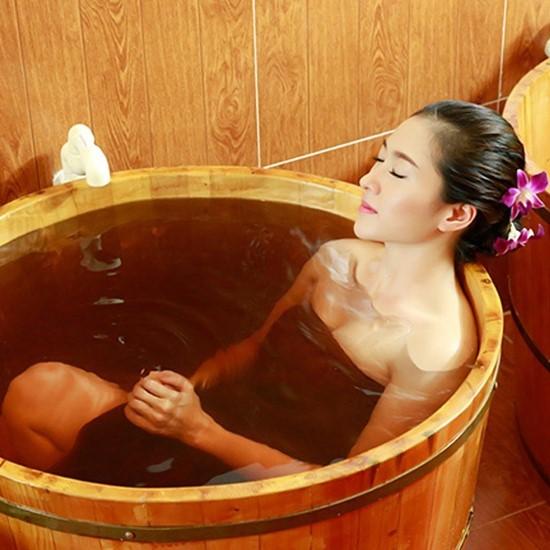 Ngâm tắm đúng chuẩn Spa ngay tại nhà với muối tắm Himalaya