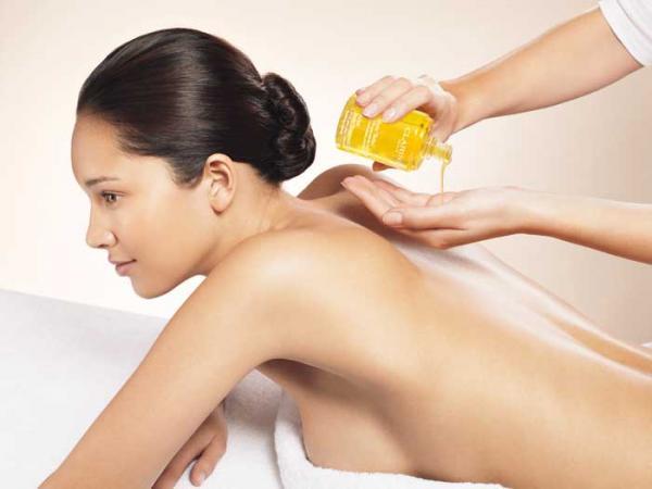 Tinh dầu thiên nhiên- sức hút cho không gian spa, kiệt tác cho làn da đẹp và sức khỏe tốt