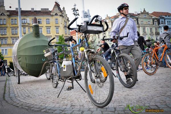 phòng xông hơi sáng tạo trên xe đạp