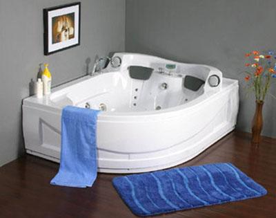 thư giãn trong phòng tắm cùng bồn massage