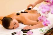 Giường massage đá nóng